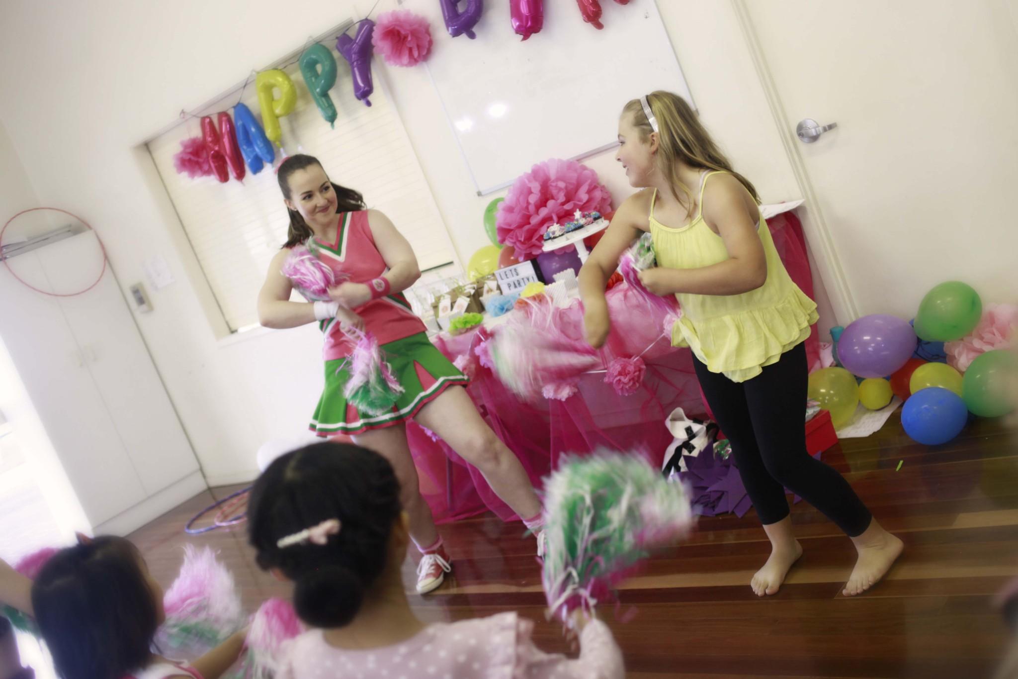 Kids Party Entertainment Brisbane - Kids Dance Parties - Dancing ...
